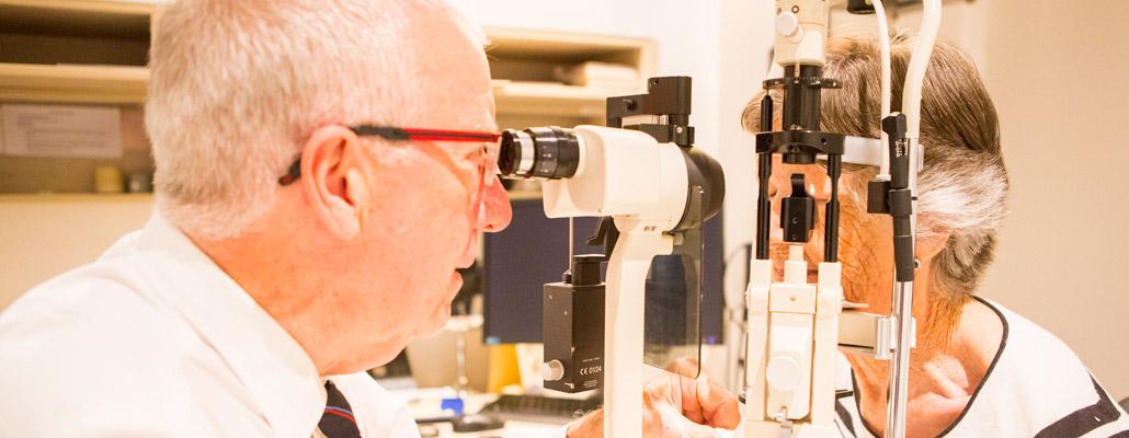 eye surgeons chatswood