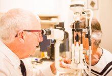 Ophthalmologist Ian Francis